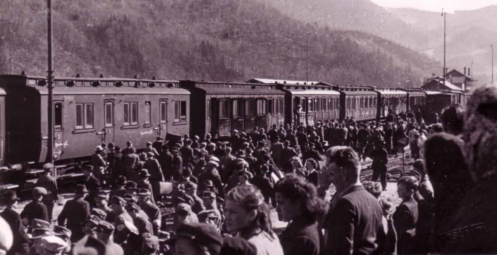 Odhod prisilno mobiliziranih mož v nemško vojsko, Celje, julij 1942