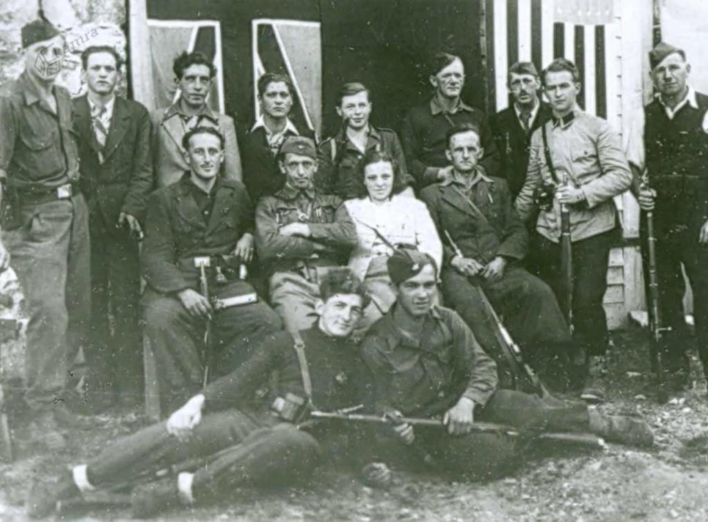 Skupina partizanov v Lučah, avgust 1944