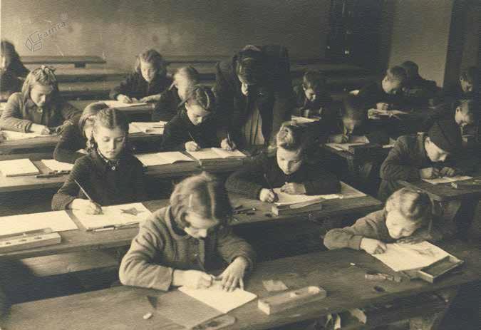 Partizanska šola na Ljubnem, november 1944