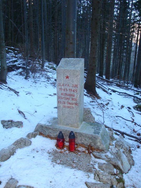 Spomenik dvema padlima borcema v Stravniku - Menina