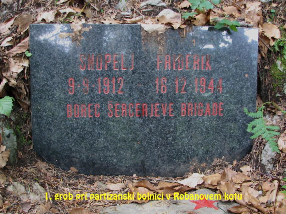 Grob pri partizanski bolnici v Robanovem kotu