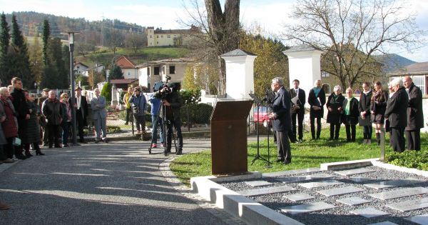 Osrednja spominska svečanost v Velikovcu za padle protifašistične borce na Svinški planini