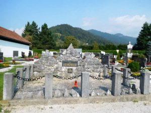 Grobišče na Rosuljah