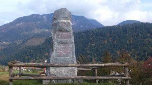 Spomenik v Radmirju